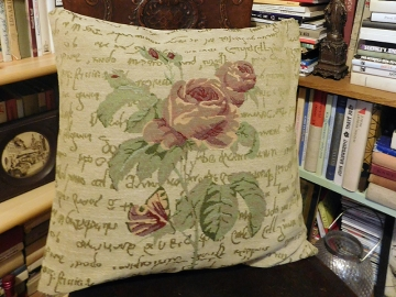 Povlak na polštář růže s motýlem