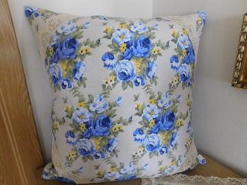 Povlak na polštář modrá růže krajka