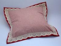 Polštářek obšitý 40 x 40 cm Pruh 04 červená