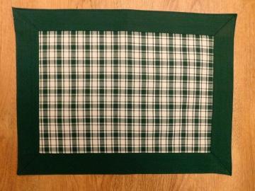 Prostírání piko Bára zelená, šitý lem
